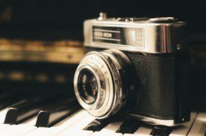 camera foto cu film